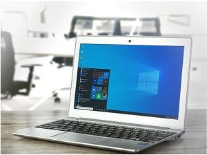 Windows 10 Fixes Crashing Issue.